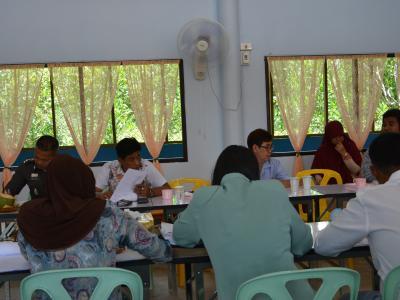 นายกร่วมประเมินโรงเรียนอิสลามนุสรณ์ เพื่อจะให้เป็นโรงเรียนประถม