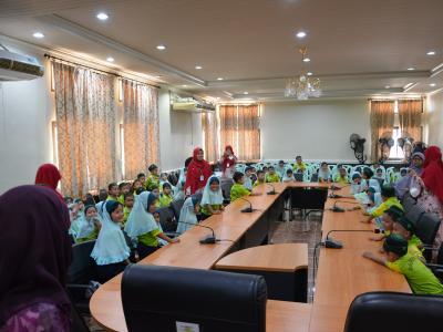 โรงเรียนอิสลามวิทยานุสรณ์ มาทัศนศึกษาดูงานอบต.ลโบะบือซา