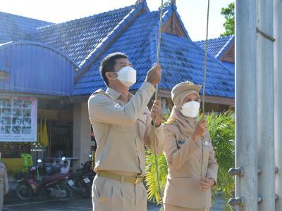 กิจกรรมเคารพธงชาติและร้องเพลงชาติ เนื่องในวันพระราชทานธงชาติไทย